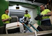 20210203 Dar medewerkers selecteren elektronische apparaten