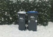 containers in de sneeuw